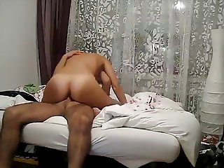 Amateur Married Couple Fucks on Camera