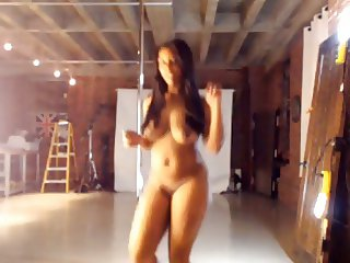 Sexy Dance Naked