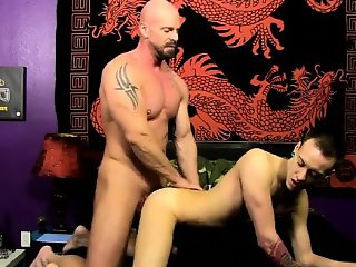 Twink sex Chris gets the jizz ravaged out of him while he\'s