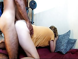 Hairy amateur peluda wife booty dance morning quickie