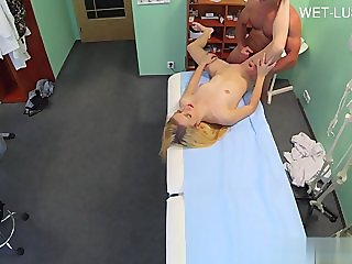 Sexy housewife tits cumshot