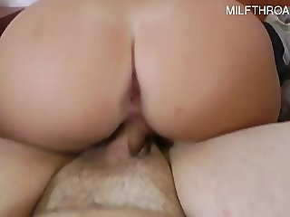 Hot model squirting