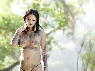 THE TATTOO WOMAN by filmhond