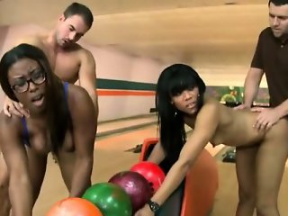 Jayla Foxx and Bellain gets fucked in a bowling club