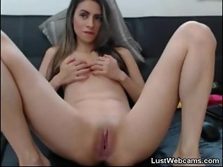 Latin babe plays with her pussy on cam