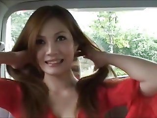 Ameri Ichinose changing her clothes in the car