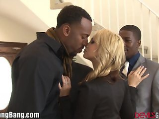 Sarah Vandella DP Gangbang with 4 Black Dicks