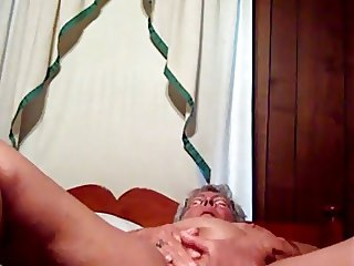 Mommy wants cock