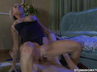 Young boy fuck his mature aunt