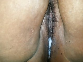 So much cum in my pussy after a threesome
