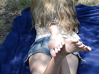 Candid college feet at the park 4