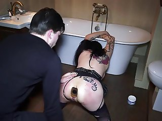 Submissive 2 - Bella gothic suck cock and swallow cum