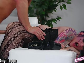 Seth Gamble gets Rough with Emo Pussy