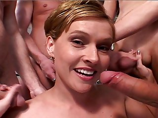 Cute blonde Micky Taylor blow bang