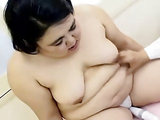 Japanese Ugly BBW Married woman Cumshot