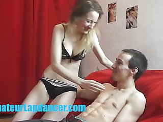 Skinny 18yo chick lapdances for cute stranger