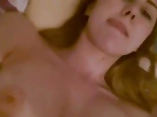 19 year old with big tits sent this to her boyfriend