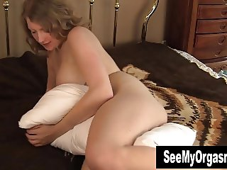 Kinky Emily Humping The Pillow