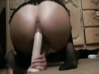 Beautiful big ass riding big dildo