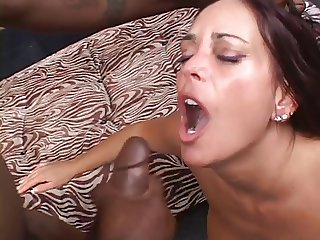 Mature hottie gets her cunt stuffed with hard cock
