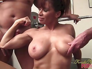 Pornstar MILF Devon Michaels Gets Muscle Worshiped