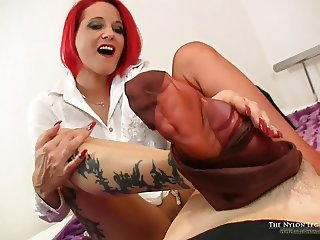 Brown RHT nylons footjob on bed