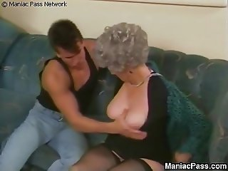 Buffed stud fucks old grandma