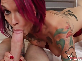 Anna Bell Peaks sucking cock