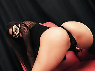 AMAZING ASS LATINA! Gaping Pussy! Oiling Her Natural Tits