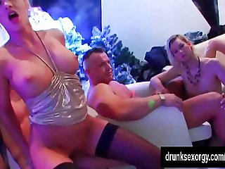 Hot bitches fuck in club
