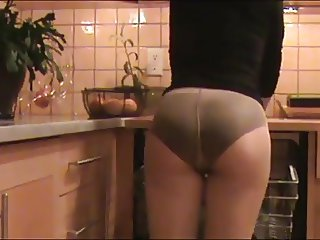 Mom Cleans The Kitchen In Panties Under Pantyhose