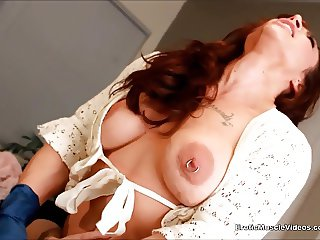 EroticMuscleVideos Little Teen Clit Gags On Big Clit