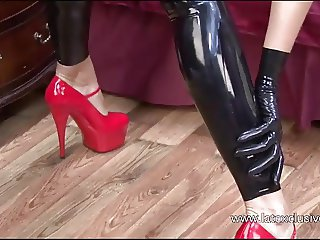 Sexy Natashas latex fetish and tight rubber posing