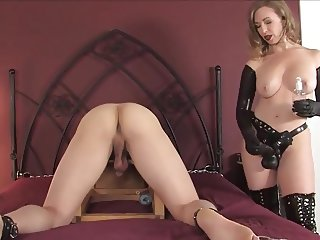 sey mature strapping a young guy with a huge black cock