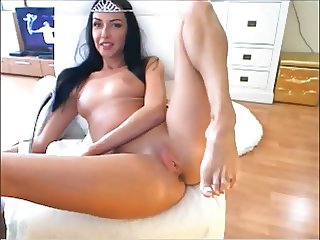 Hot Latina Playing Solo
