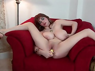 natural busty plays with her pussy