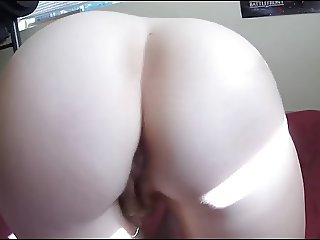 Who wants to fuck hairy blonde ass wife