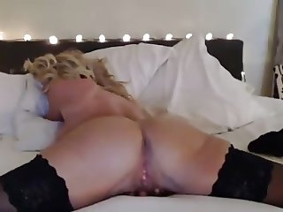 sexy cougar cam session
