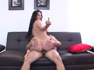 TuVenganza - Big bosomed Maria Conchita riding cock on the couch