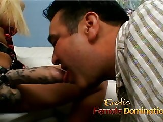 Gorgeous blonde enjoys penetrating her mans asshole