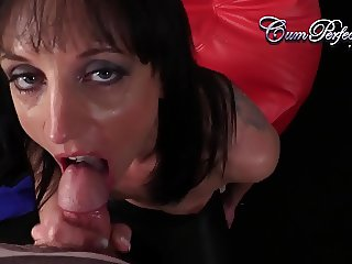 Hot MILFCum Swallow