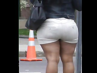 oNE dAY cANDID bOOTY
