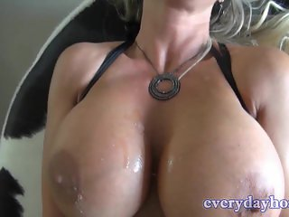Huge Tit Babe Loves To Swallow Cum
