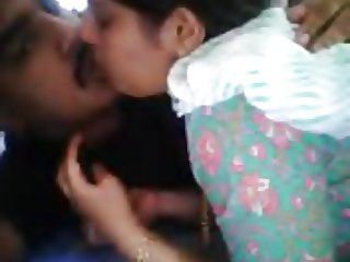Sexy Indian couple sex on webcam - full at hotcamgirls.in