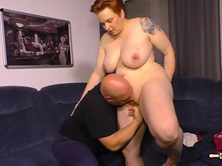 HausFrau Ficken - Mature German BBW housewife gets cum in mouth in hot sex