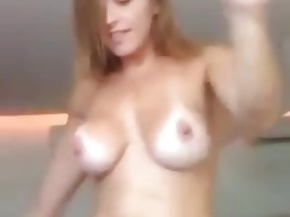 Latina dancing nude AMAZING body!