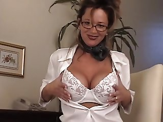 Big tits chick in glasses masturbating