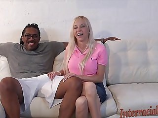 Florida Housewife wants the 12 inch Black Cock!!!!