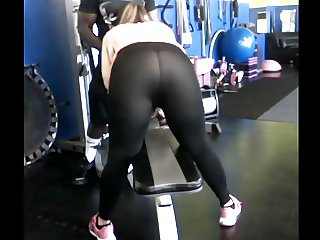 Cheating MILF Works Out Black Trainer's Cock
