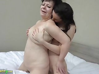 OLDNANNY Hot girl with strapon fucks big fat granny